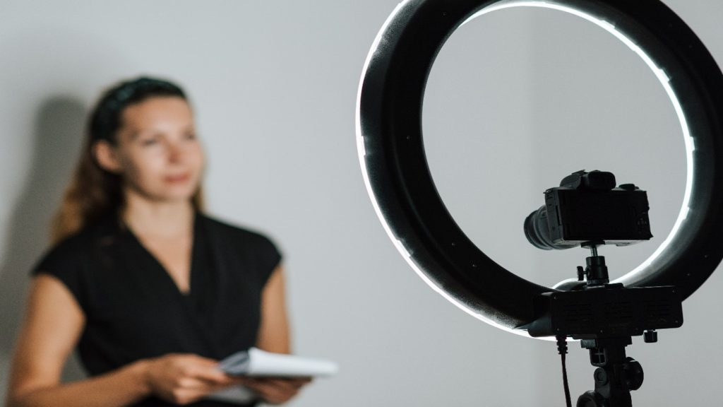 32. What's the best video conferencing equipment for consultants-1
